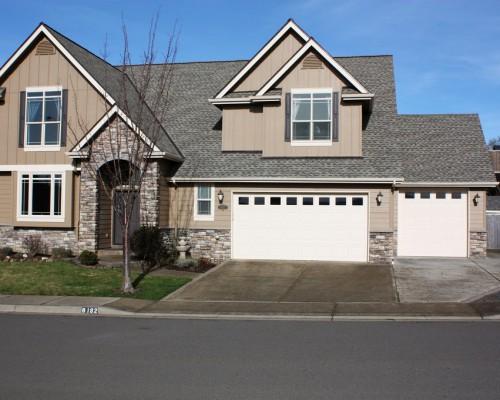 6192 Jade Ave, Springfield, OR 97478